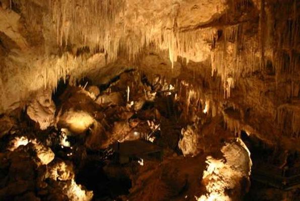 Mammoth_Cave_Western_Australia