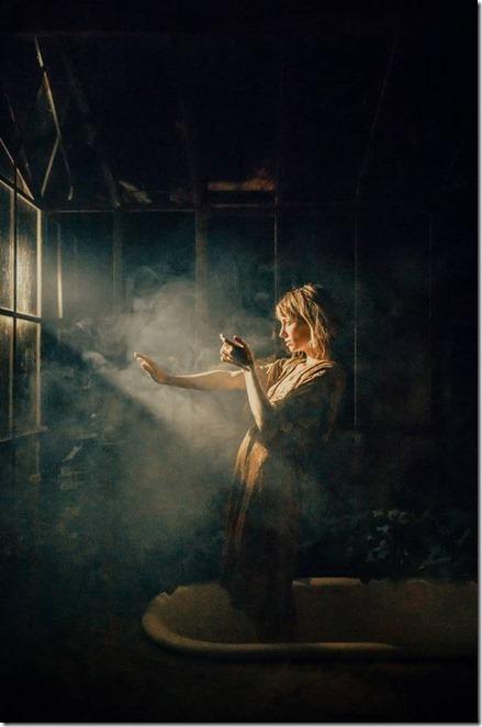 woman-light-shadows